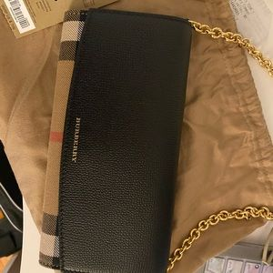 Burberry wallet on a chain